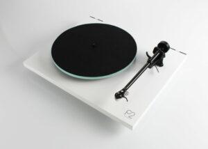 rega-p2-platine vinyle-blanc