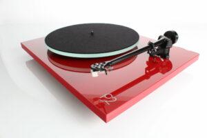 rega-p2-platine vinyle-rouge